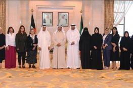 """رئيس الوزراء الكويتي يستقبل وفد """"شؤون الصحفيات"""" العمانية.. ويشيد بالتجربة النسائية الإعلامية في الخليج"""