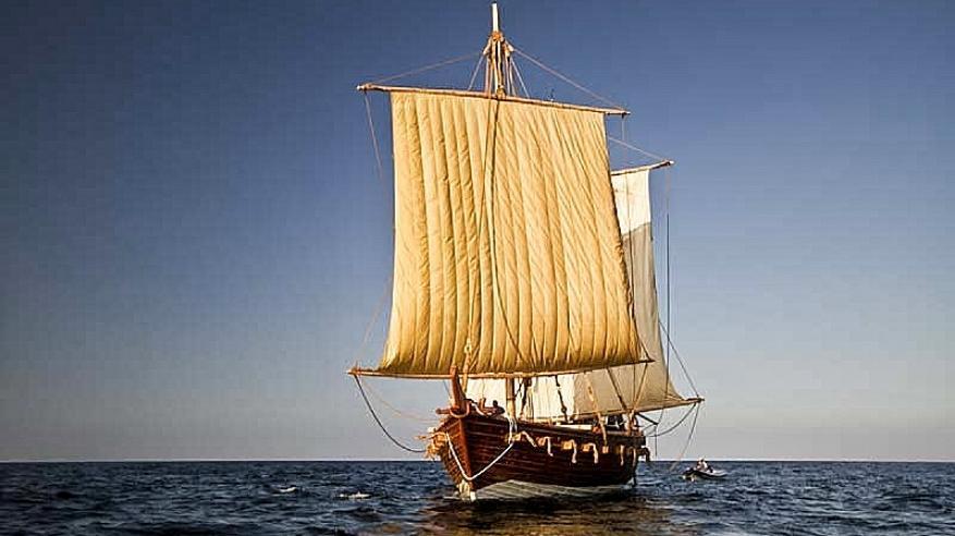 الجوهرة والقبطان .. مسلسل يجسد شجاعة البحار العماني .. ويوثق مهارة بناء السفن الشراعية