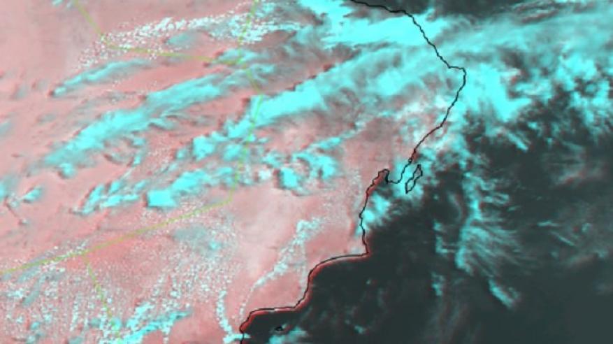 أمطار متفاوتة الغزارة على مناطق جبال الحجر .. وتوقعات بامتدادها إلى الداخلية وشمال الشرقية والوسطى وظفار