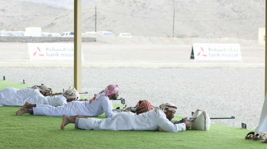 بنك مسقط يساهم في دعم وإنجاح المسابقة السنوية للرماية بولاية صحم