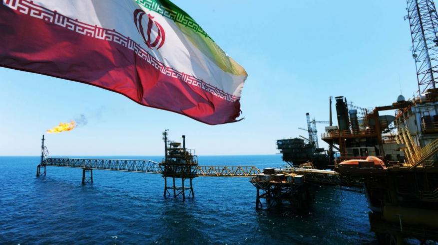 """""""رويترز"""": إيران تستخدم اسم دولة عربية للالتفاف على العقوبات الأمريكية"""
