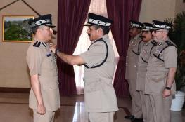 جلالة السلطان ينعم بميدالية الخدمة الممتازة على عدد من كبار ضباط الشرطة