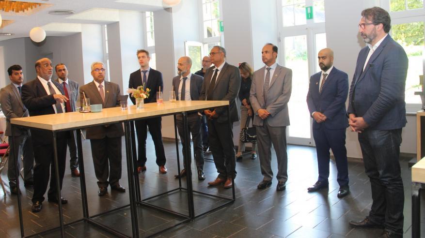 رئيس الهيئة يستعرض فرص الاستثمار بالدقم أمام نائب محافظ مدينة لييج