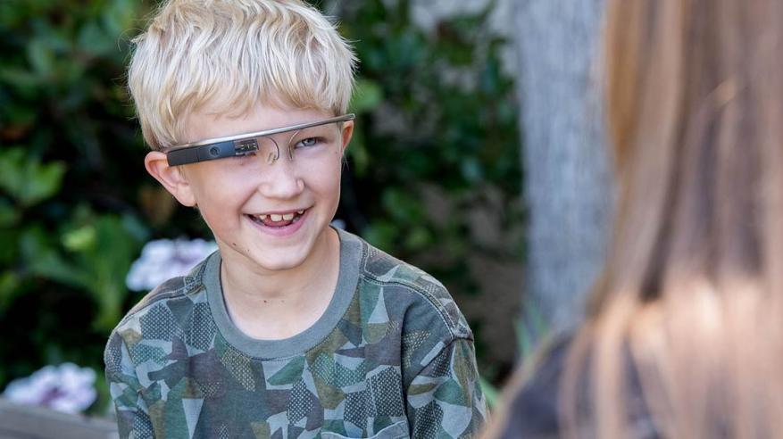 """نظارة جديدة من """"جوجل"""" لأطفال """"التوحد"""""""