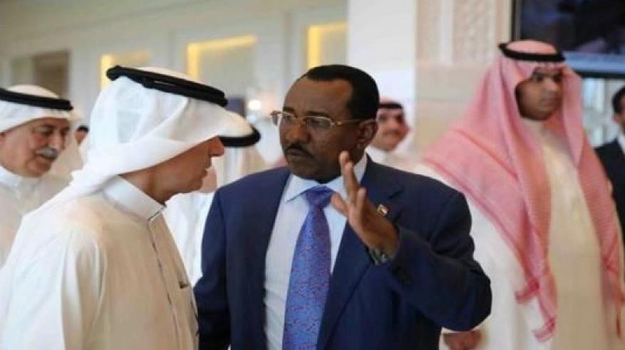 جدل في السودان بعد إقالة مدير مكتب البشير