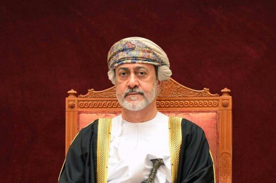 جلالة السلطان ينعم بعدد من الأوسمة على الفريق الطبي المعالج للسلطان قابوس