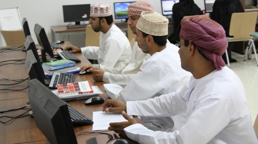 كلية البريمي الجامعية تواكب متطلبات سوق العمل ببرامج أكاديمية متخصصة وفق أعلى المعايير الدراسية