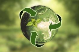 """أكاديميون: توظيف تقنيات الطاقة المتجددة يسرع وتيرة التحول نحو """"الاقتصاد الأخضر"""""""