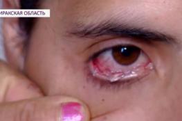 بالفيديو.. امرأة تبكي دموعًا من الكريستال الصلب!