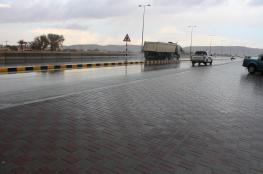تدفق السحب وتوقعات بأمطار متفرقة على شمال السلطنة