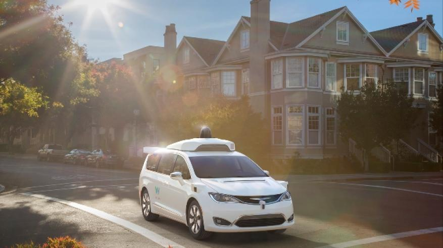 Waymo_FCA_Fully_Self-Driving_Chrysler_Pacifica_Hybrid_2ldeghj3cved52hi31ejeel35a5