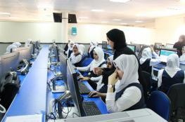 مختصون: توظيف التقنيات يخدم مسيرة التعليم.. والاستخدام الخاطئ إهدار للوقت والطاقة