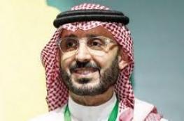 قصي الفواز يقدم استقالته من رئاسة الاتحاد السعودي لكرة القدم