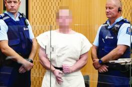 """يد """"مجرم نيوزيلندا"""" تنطق بلغة العنصرية.. لا الدين"""