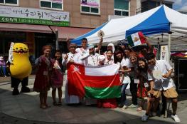 """أنشطة تعليمية وثقافية لطلاب """"عمان للسياحة"""" في أوروبا"""