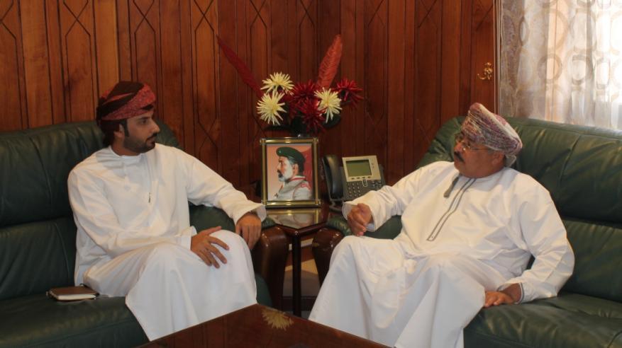 عضو اللجنة التنفيذية للاتحاد الكشفي للبرلمانيين العرب والعالمي يزور مبنى كشافة ومرشدات عمان