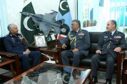 العبيداني يجري مباحثات رسمية مع رئيسي أركان سلاح الجو والبحرية بباكستان