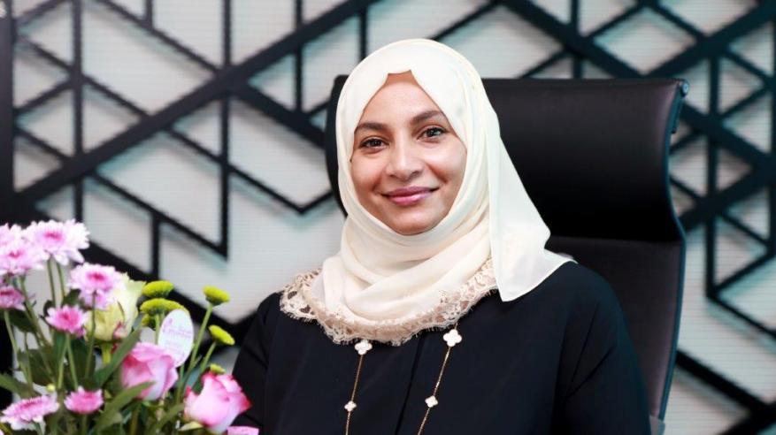 إبتسام الريامية: المرأة في «تنمية نفط عمان» لديها حرية الاختيار.. وفرص التطوير متكافئة
