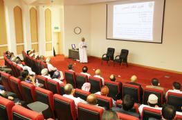 محاضرة عن النيازك العمانية بجامعة ظفار