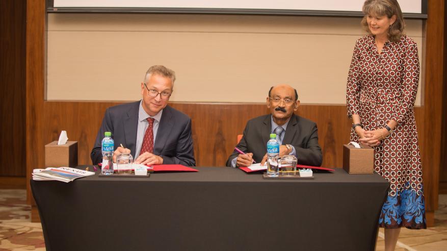 H.E. Laetitia van Asch, Ambassador of Netherlands, Chris Breeze, Shell Oman Country Chairman and K. K. Abdul Razak, Director at Al Tamman Indsil