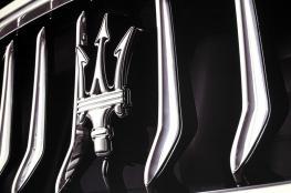 """""""مازيراتي"""" تخطط لتطوير سيارات كهربائية جديدة"""