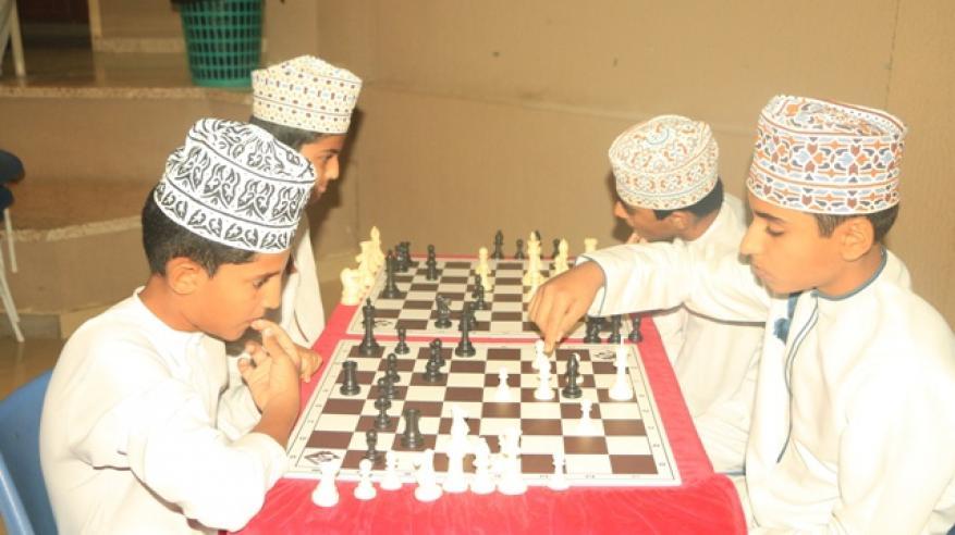جانب من منافسات الشطرنج للذكور