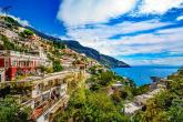 منح سكان قرية في أوروبا راتب بقيمة 2000 يورو دون ممارسة عمل