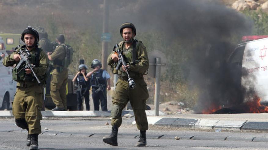 """جيش الاحتلال يقتل فلسطينيا في الضفة.. و""""حماس"""" تتهم تل أبيب باغتيال خبير طيران"""