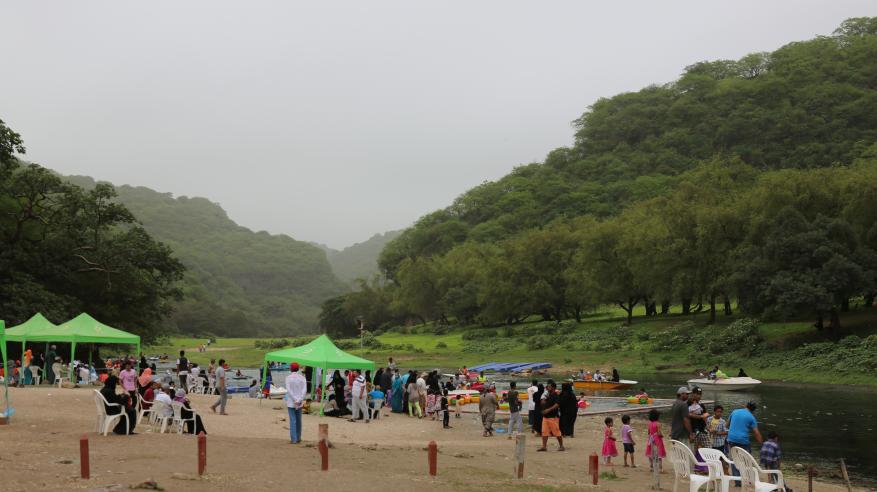 أكثر من 105 آلاف زائر لـموسم خريف صلالة بنهاية الأسبوع الثالث