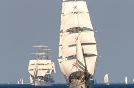 """""""شباب عمان 2"""" تحصد مركزين متقدمين في سباق الحرية بالدنمارك.. وتتأهب لسباقات السفن الشراعية الطويلة"""