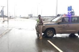 استمرار هطول الأمطار الغزيرة على عدد من الولايات .. وتوقف الحركة المرورية على بعض الطرق