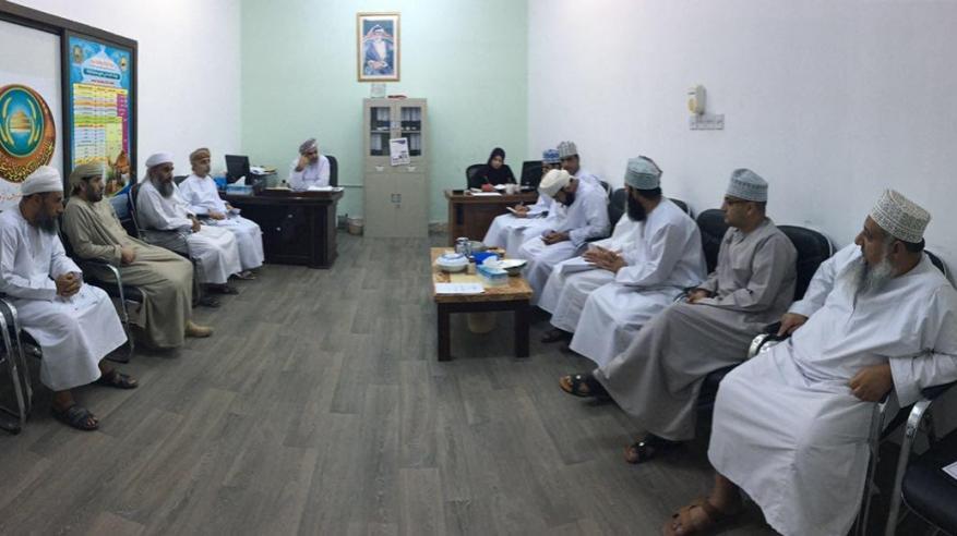 لجنة الزكاة بولاية عبري تعقد اجتماعها الأول في 2017