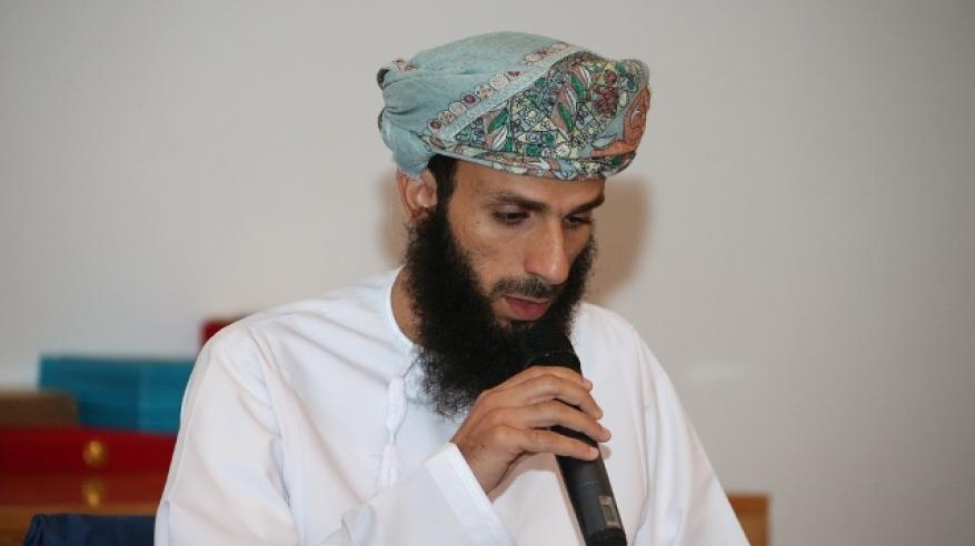 عماد الرواحي المركز الأول في القرآن الكريم
