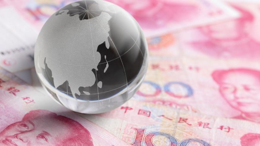 """""""بلومبرج"""": هبوط اليوان """"فرصة ذهبية"""" في الصين"""