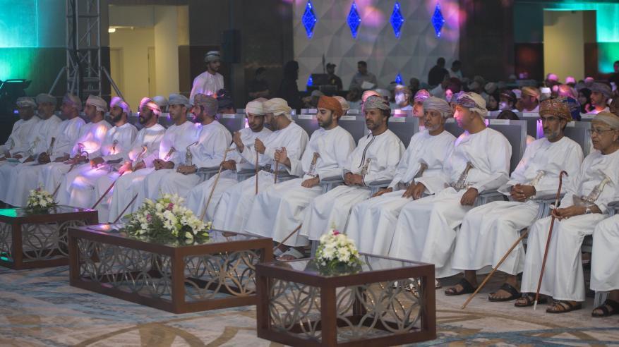 """تتويج """"نوى"""" بجائزة أفضل شركة طلابية من """"إنجاز عمان"""""""