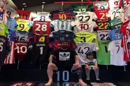 ميسي يحتفظ في غرفته بقميص لاعب عربي وحيد
