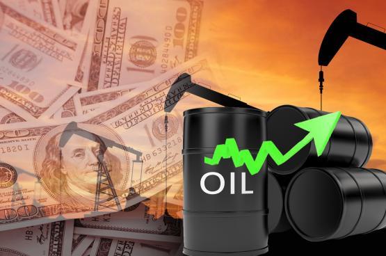 ارتفاع أسعار النفط بعد خفض السعودية إمدادات ديسمبر