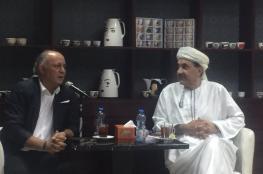 """د. خزعل الماجدي في """"مقهى المسرح"""": لغتي الملحمية في الشعر قادتني لخشبة المسرح"""