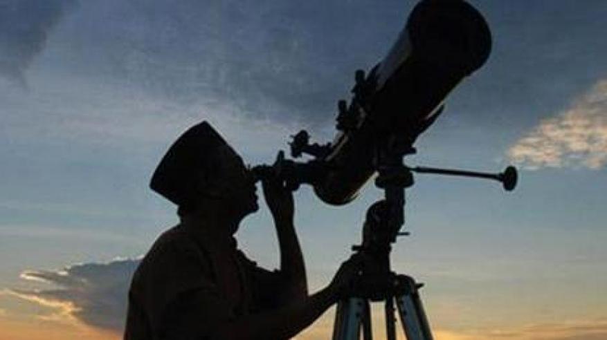 الحسابات الفلكية بوزارة الأوقاف توضح احتمال رؤية هلال شهر شوال مساء يوم غدٍ الخميس