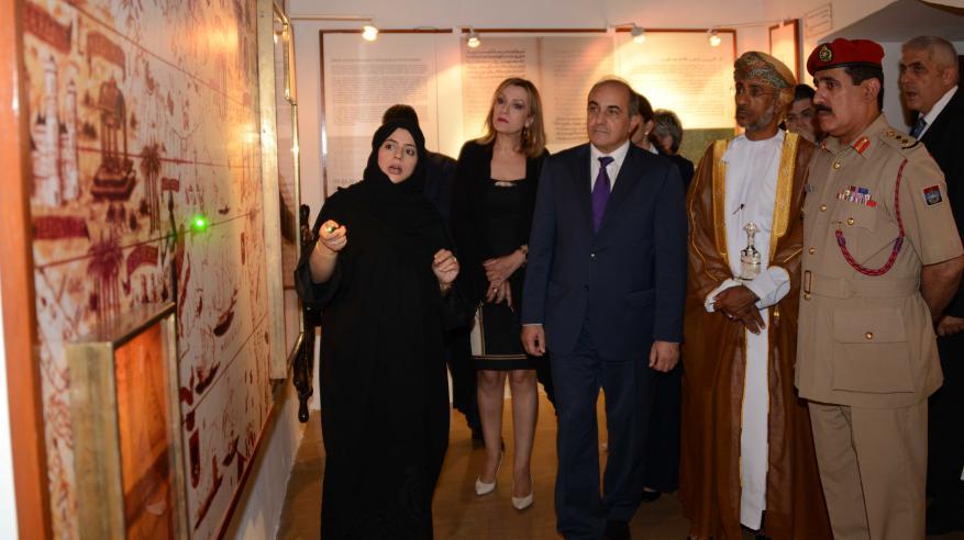 """رئيس""""النواب"""" القبرصي يزور متحف قوات السلطان المسلحة"""
