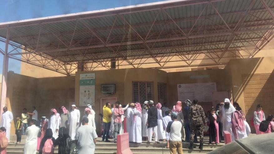 """القبض على سعودي حاول اقتحام مدرسة بنات """"عاريا"""""""