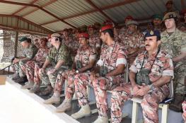 رئيس الأركان البريطاني يزور وحدة التدريب بالجبل الأخضر