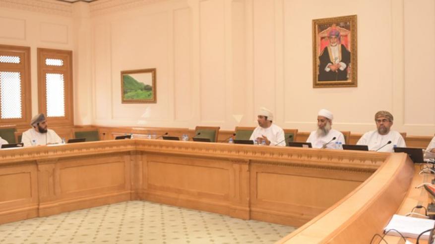 لجنة التربية والتعليم والبحث العملي تستقبل مختصين من جامعة السلطان قابوس