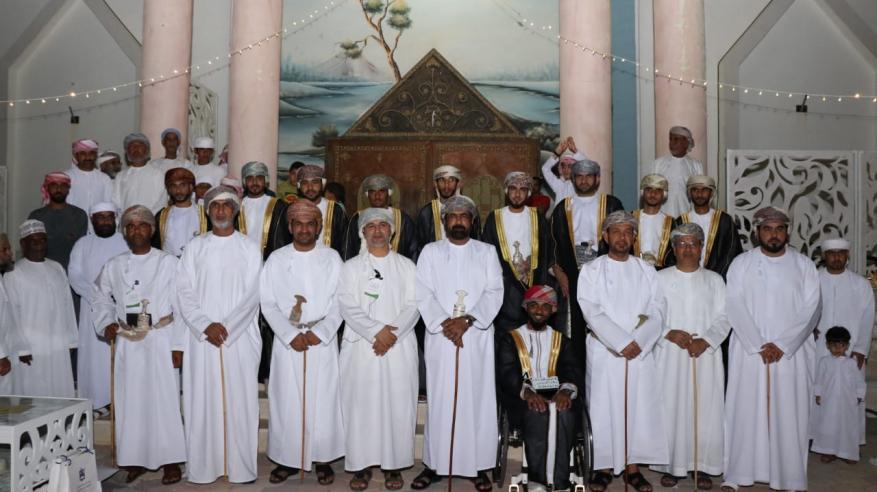 11 شابا في العرس الجماعي الرابع بالبريمي