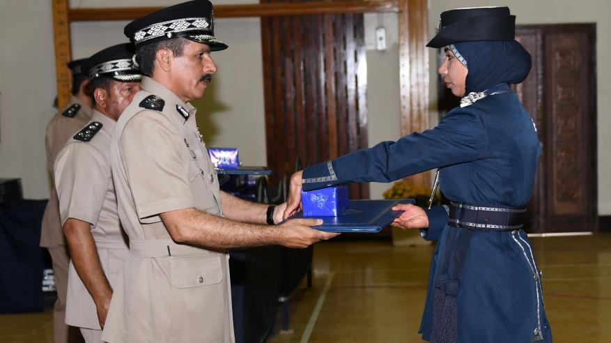 حفل تسليم الشهادات الدراسية للضباط الخريجين 10