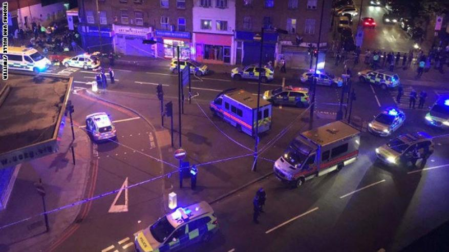 قتلى وجرحى في حادث دهس مصلين أمام مسجد في لندن