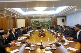 استعراض الارتقاء بالعلاقات الاقتصادية بين السلطنة والصين
