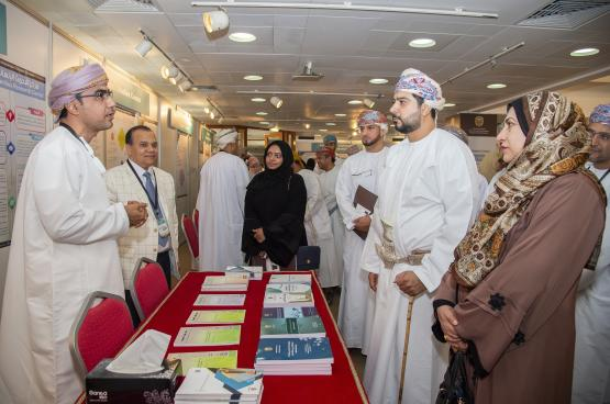 تنظيم اليوم المفتوح الثالث لـ14 مركزا بحثيا بجامعة السلطان قابوس