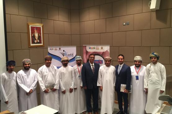 """مشاريع تخرج نوعية لطلاب الصحافة في """"إعلام"""" جامعة السلطان قابوس"""