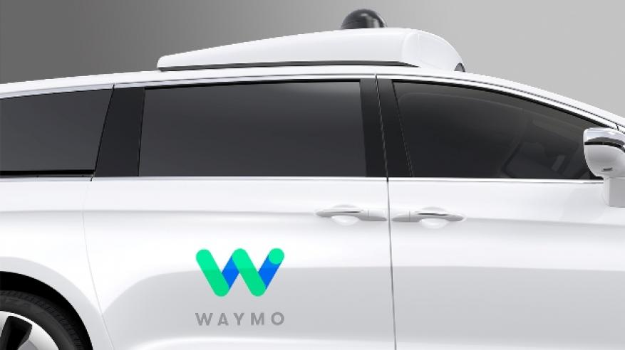 Waymo_FCA_Fully_Self-Driving_Chrysler_Pacifica_Hybrid_5k2hkf6qq90aottv5al72roo03h